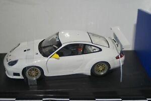 Autoart Porsche 911 GT3R White 1:18 Scale 77821