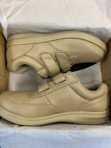Bell-Horn Monroe Shoe, Diabetic, Orthopedic, Tan, New, Multiple Sizes
