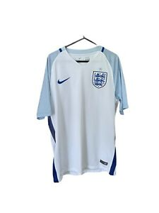 England Football Shirt Home 2016/17 Nike Size  Medium Adult Euro 2016