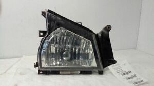 2007 Isuzu NPR/W4500 Right Headlamp Assembly  (6585507