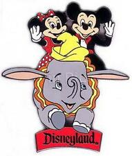 Disney Dlr - Mickey & Minnie Dumbo RideAuthentic on riginal card Pin