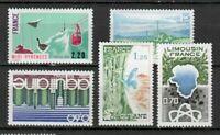 s25164) FRANCE 1976 MNH** Tourism 5v