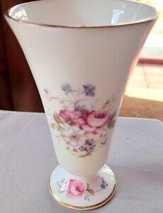 BONE CHINA COALPORT SHREWSBURY FLORAL MINI POSY VASE FLOWERS DESIGN VGC ENGLAND