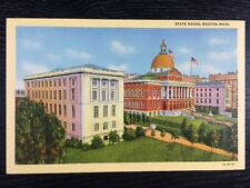 State House and Beacon Hill in Boston, Massachusetts Linen Postcard Unused
