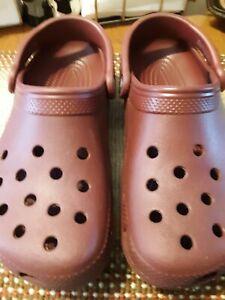 Crocs Slip-on Clogs Women's Size 7 Burgundy Shoes