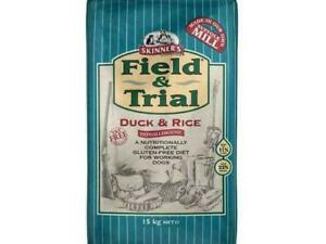 Skinner's Field & Trial Complete Dry Adult Working Dog Food Duck and Rice 15 kg