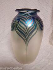 VTG 1987 SIGNED EICKHART ART GLASS IRIDESCENT  PULLED  FEATHER VASE