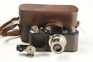 Leitz Leica Standard Nr. 104924, Elmar 3,5/5cm Nr.124376, E-Messer, Tasche