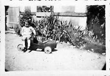 PHOTO ENFANT & VOITURE A PEDALES PEDALS TOY 1940
