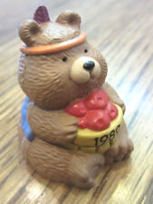 Hallmark Merry Miniatures 1989 Thanksgiving Bear Wiht Apple Bushel Basket