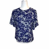 H&M Floral Print M Medium Flutter Sleeve Short Sleeve Blouse Blue White Shirt