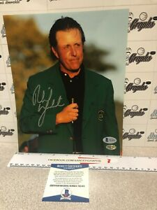 PHIL MICKELSON SIGNED AUTOGRAPHED GOLF 8X10 PHOTOGRAPH-BECKETT BAS COA MASTERS