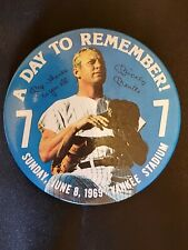 """Mickey Mantle """"A Day To Remember"""" Button Pin New York yankees 1969"""