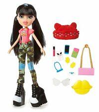 Bratz Bratz Selfie Snaps Jade Doll A LOT OF ACCESSORIES BRAND NEW GIFT IDEA