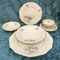 Vintage 1953 WINTERLING FINEST BAVARIAN CHINA (WIG86), 8 Place settings - 43 Pc.