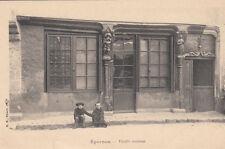 EPERNON vieille maison