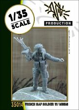Djiti's production 35014 French isaf soldier with Minimi 1:35