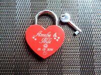 Liebesschloss Herzform rot oder rosa glänzend mit Lasergravur
