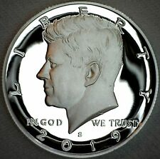 2019 Logo Canadian Uncirculated Elizabeth II Five Cent Coin!