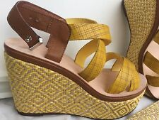 MAX&Co. Sandals Woman light yellow fancy color, size 40, gift belt Sandali Donna