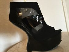 "Chinese Laundry ""Cover Up"" Black Suede & Leather Heel-less Bootie US Wm Sz 8 M."