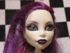 MoNSTeR HiGH NUDE DoLL SpEcTrA VoNdErGeIsT GHOULS NIGHT OUT PURPLE HANDS & HAIR