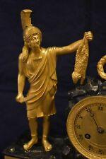 Orologio antico in bronzo a pendolo da appoggio o da tavolo parigina