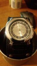 orologio uomo Georgie Valentian bracciale in pelle - nuovo - unisex molto bello