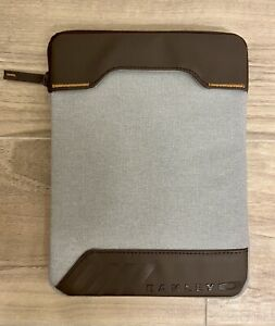 NWOT Oakley iPad/Tablet Case Heather Gray w/Brown Leather Trim Padded Zip Close