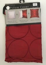 Bed Bath & Beyond Throw Pillow Cover Manhattan Red