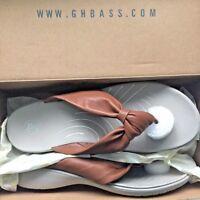 G.H. Bass & Co. Women's Debbie Genuine Leather Tan Thong Sandal Shoe sz 10 M