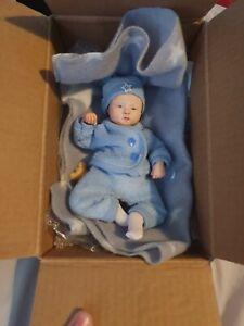 Mini reborn baby doll - original, new