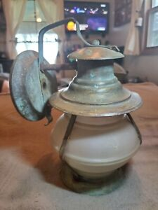 ANTIQUE COPPER ARTS & CRAFTS PORCH LIGHT FIXTURE WITH FROSTED ORNATE GLASS