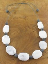 NECKLACE – SHORT GREY & WHITE MARBLED RESIN NECKLACE - NEC 59