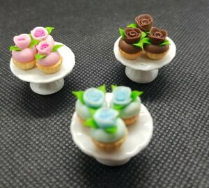 Miniature Dolls House Accessories Assorted Cupcake on Ceramic cake stand 1/12th