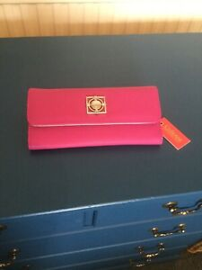 LADIES WALLET/PURSE. FUSCHIA PINK. CATHERINE MALANDRINO. NEW WITH TAGS.