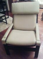 POLTRONA VINTAGE  IN LEGNO E PELLE CHAIR BY SIGURD RESELL