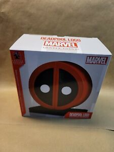 Deadpool Logo Marvel Collectible Bookends. Numbered, top quality, RARE