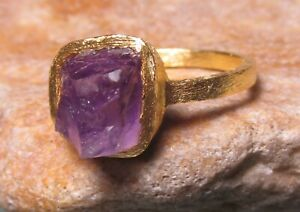 Gold plated brass rough amethyst ring UK R½/US 8.75. Gift bag.