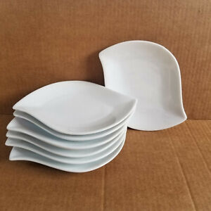 Set of 7 CRATE & BARREL 7.5in Solid White Appetizer Plate - Leaf / Wave Design