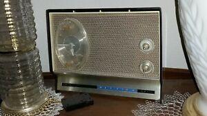 SEARS SILVERTONE SOLID STATE TRANSISTOR RADIO AND ALARM CLOCK VINTAGE 1960s