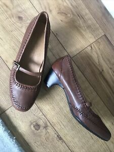 M&S Foxglove Leather Ladies Shoes . Size 7 . Widerfit . So Comfy ! Leather. Exc