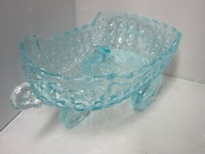L.G. Wright Glass Ice Blue Daisy Button Carriage Cart Bowl