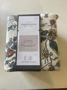 Threshold- Printed Flannel Sheet Set, Floral, Twin