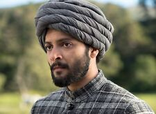 PHOTO CONFIDENT ROYAL  - ALI FAZAL - FORMAT 11X15 CM #1