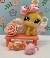 Authentic Littlest Pet Shop # 2512 Yellow Pink Baby Kitten Cat Purple Eyes