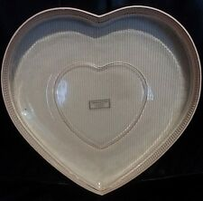 WILLIAMS-SONOMA HEART-SHAPED PINK GLASS SERVING PLATE RETIRED - NEW IN BOX