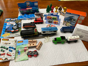 Thomas & Friends Wooden Railway & Compatible Lot Trains Inc 2 Lionel Battery