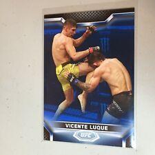 F50568 2020 Topps UFC Knockout Blue /75 Vincente Luque