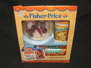 NRFB VTG 1988 FISHER PRICE FUN WITH FOOD ~ HOMEMADE PIZZA ~ PLAY SET